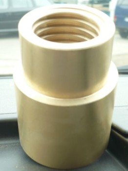 lifting nut or load nut for Stenhoj lift Maestro, Mascot, DS2 Ø40x5mm thread lead