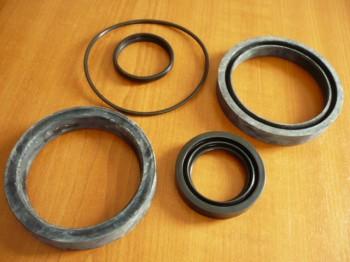 Dichtsatz Schwenkzylinder Arbeitszylinder Takraf Gabelstapler DFG 3002 u. DFG 3002/1