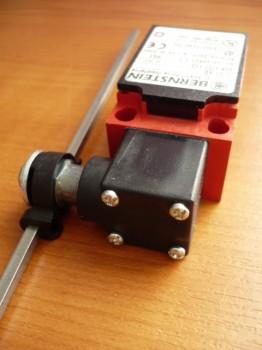 Bernstein Endschalter für Nussbaum Hebebühne Typ SL 2.25 SL 2.30 SL 2.32 (linke untere Säule) (mit 200 mm langer Stange) 2.30 TTS / 230 TTK AS