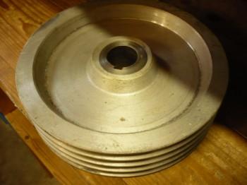 Keilriemenscheibe Riemenrad (250mm Durchmesser) für Romeico H224 / FOG 449 / SUN Hebebühne