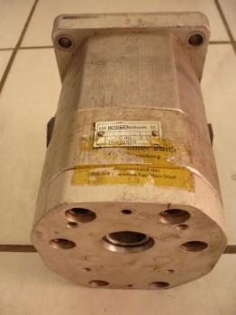 Orsta Tandempumpe Hydraulikpumpe für VTA Gabelstapler Takraf DFG 3202 N-A C40-2 R