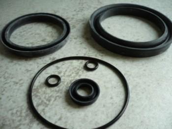 Dichtsatz VEB Anhänger Bremsventil Takraf Gabelstapler DFG 6302 T174 HW60 HW80