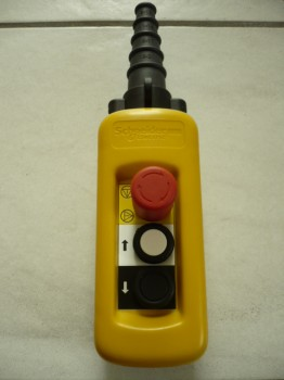 Telemecanique XAC-A03 Hängetaster Steuerflasche Handsteuerung Kransteuerung