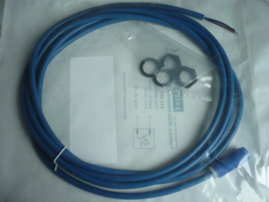 Induktiver Sensor Näherungsschalter Maha RG RGA Radgreiferbühne / WGB5 BPS Bremsenprüfstand