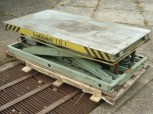 Takraf Scissor lift table VEB lift GDR loading ramp HT 1120